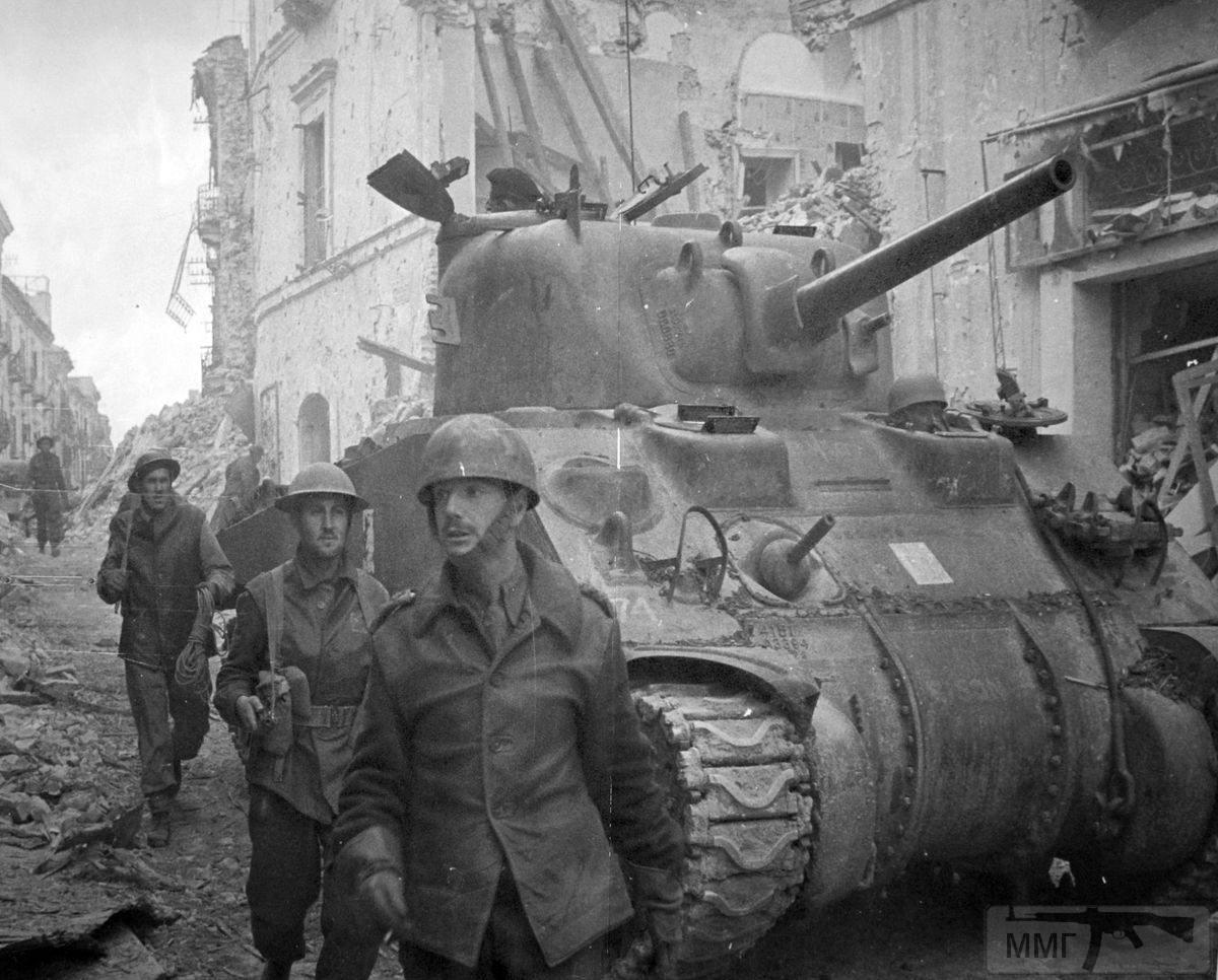 44449 - Военное фото 1939-1945 г.г. Западный фронт и Африка.