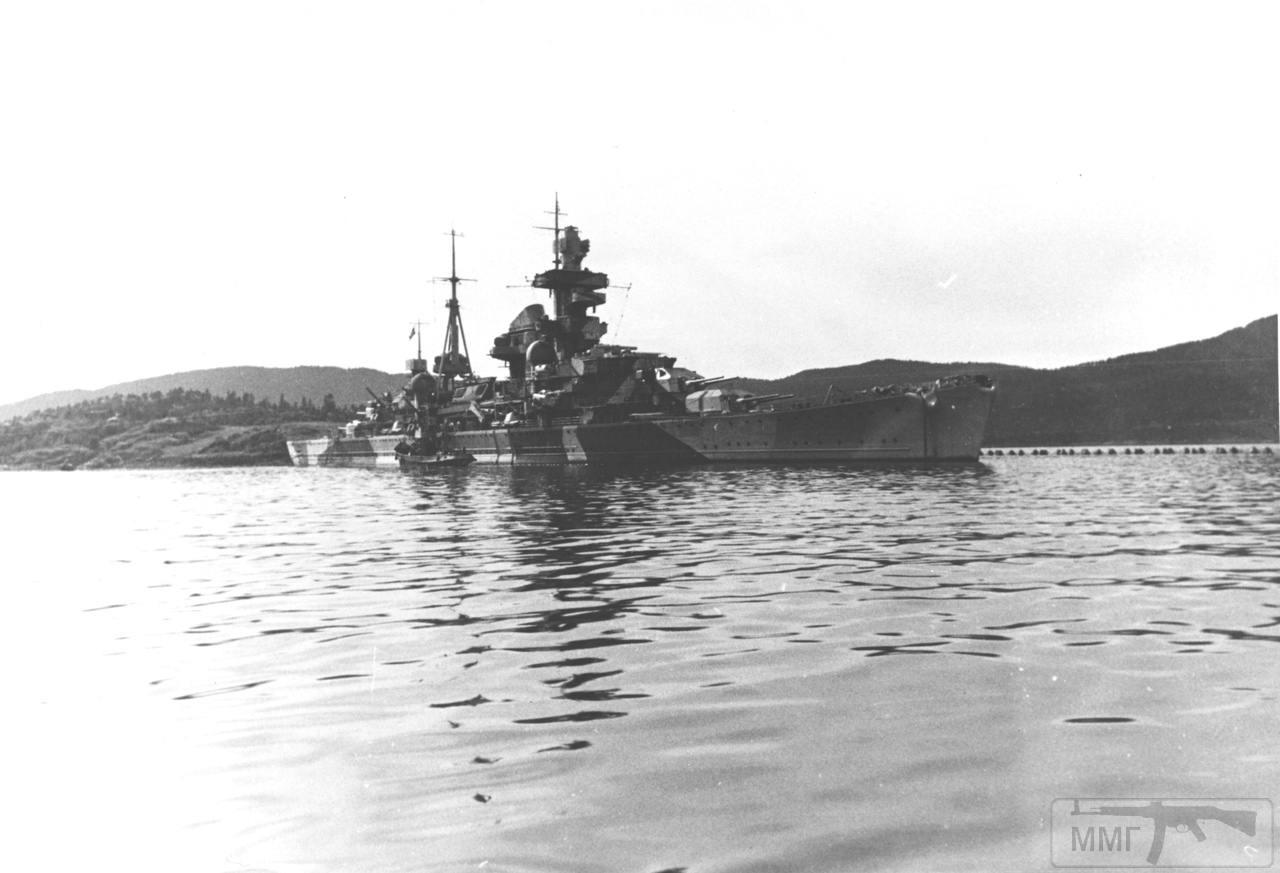 44492 - Тяжелый крейсер Admiral Hipper в Норвегии.
