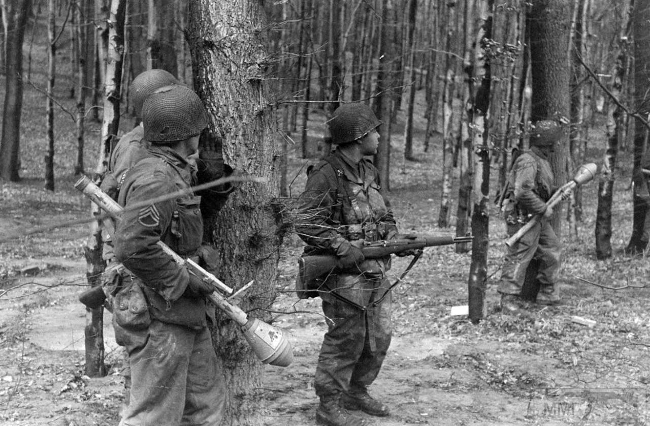44827 - Ручной противотанковый гранатомет Panzerfaust (Faustpatrone)