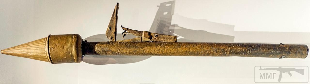 44874 - Ручной противотанковый гранатомет Panzerfaust (Faustpatrone)