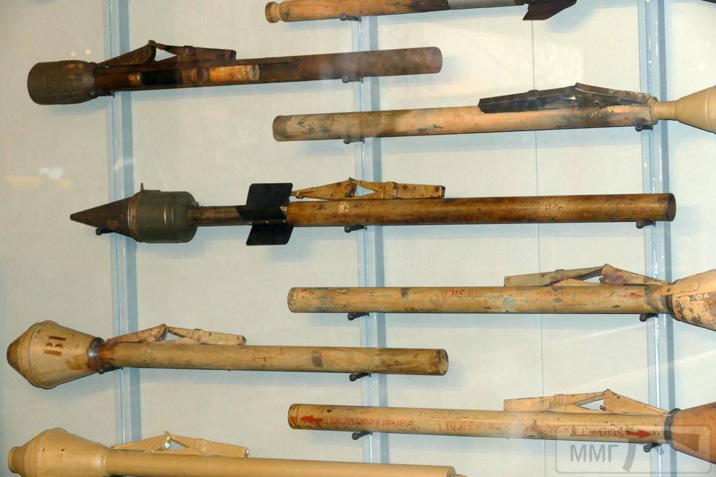 44926 - Ручной противотанковый гранатомет Panzerfaust (Faustpatrone)