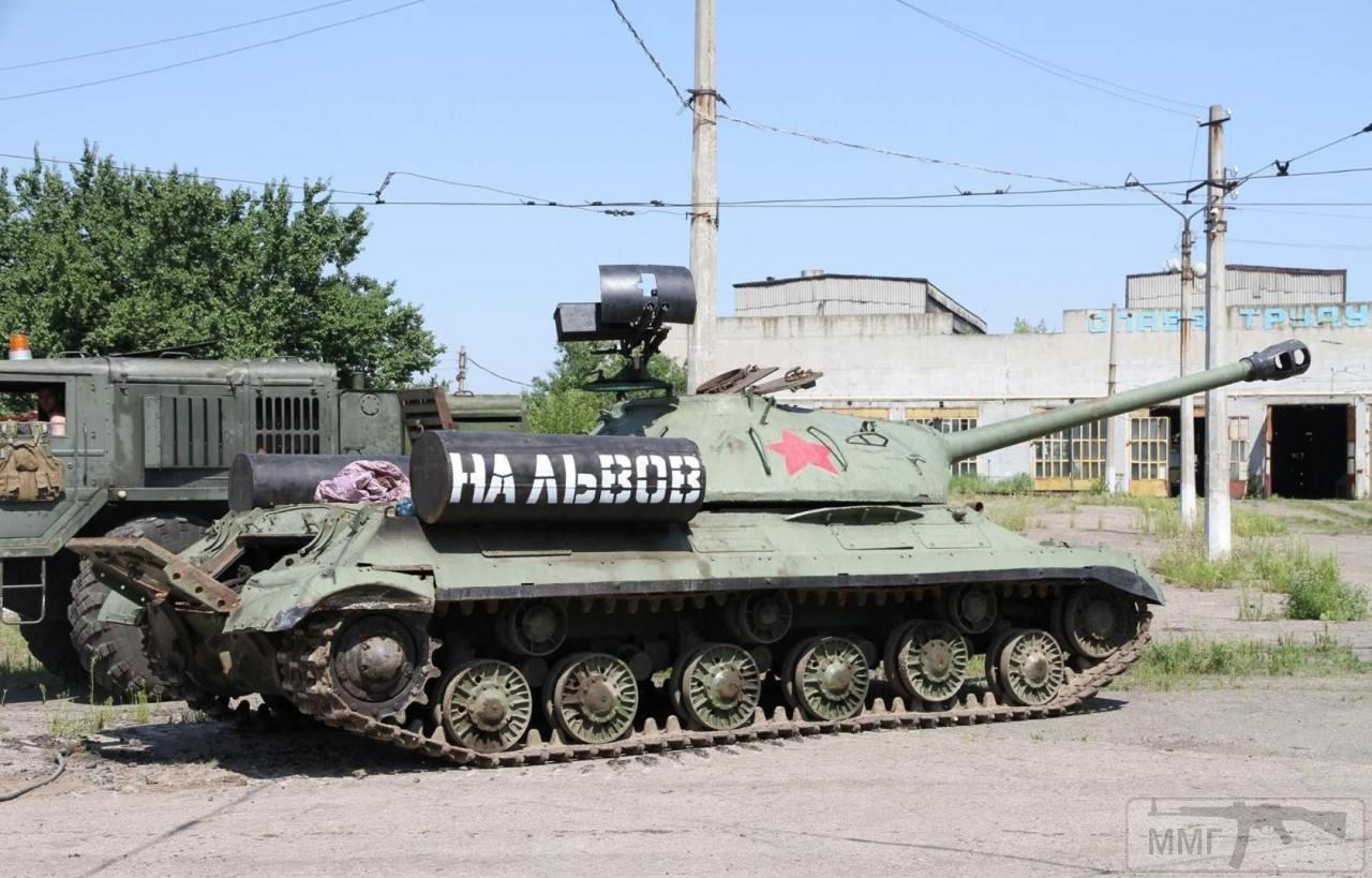 45062 - Танки-памятники в Украине