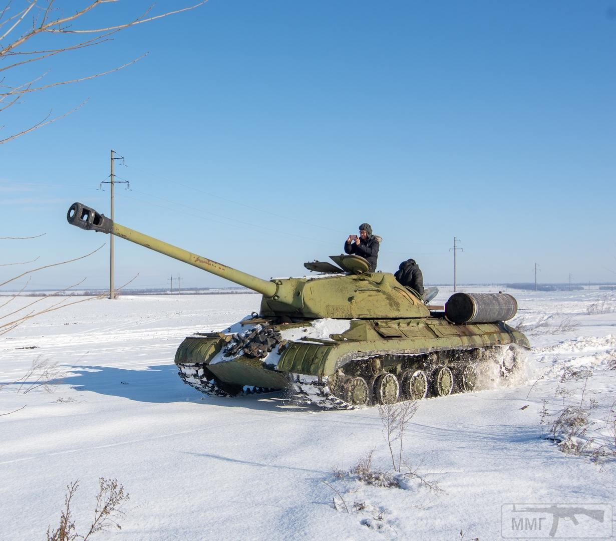 45065 - Танки-памятники в Украине