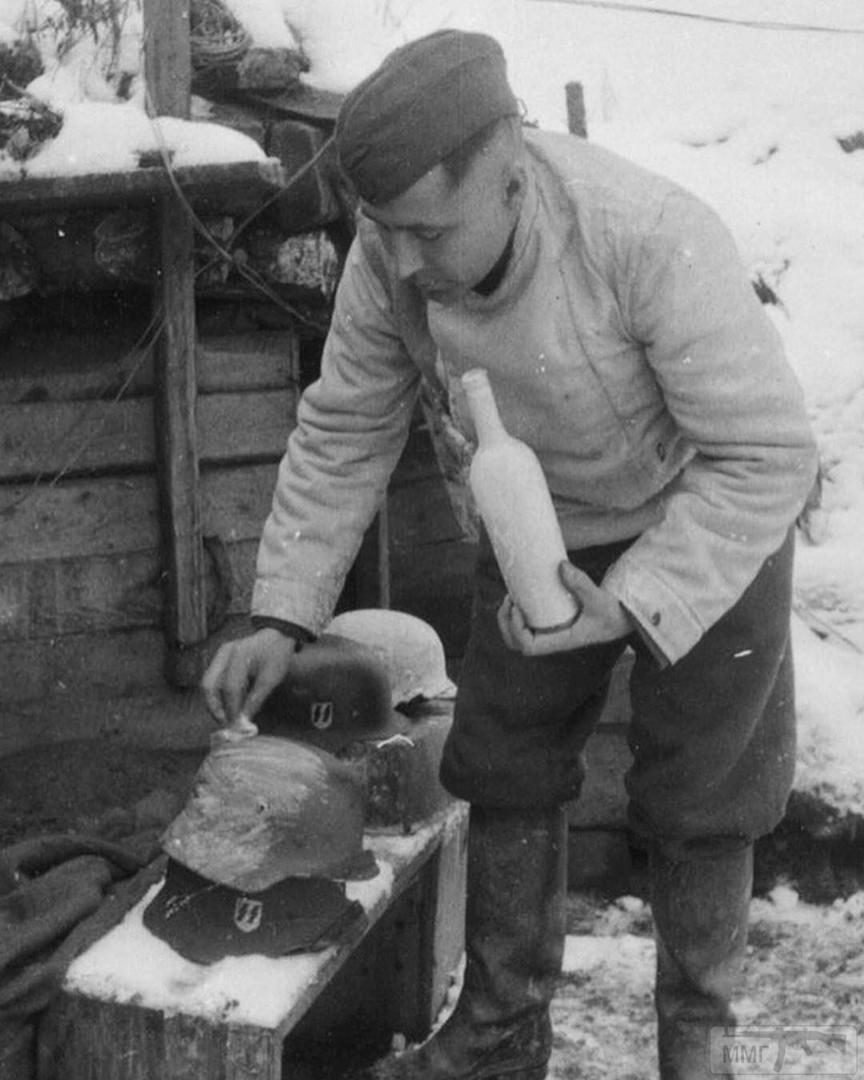 45606 - История немецких шлемов...