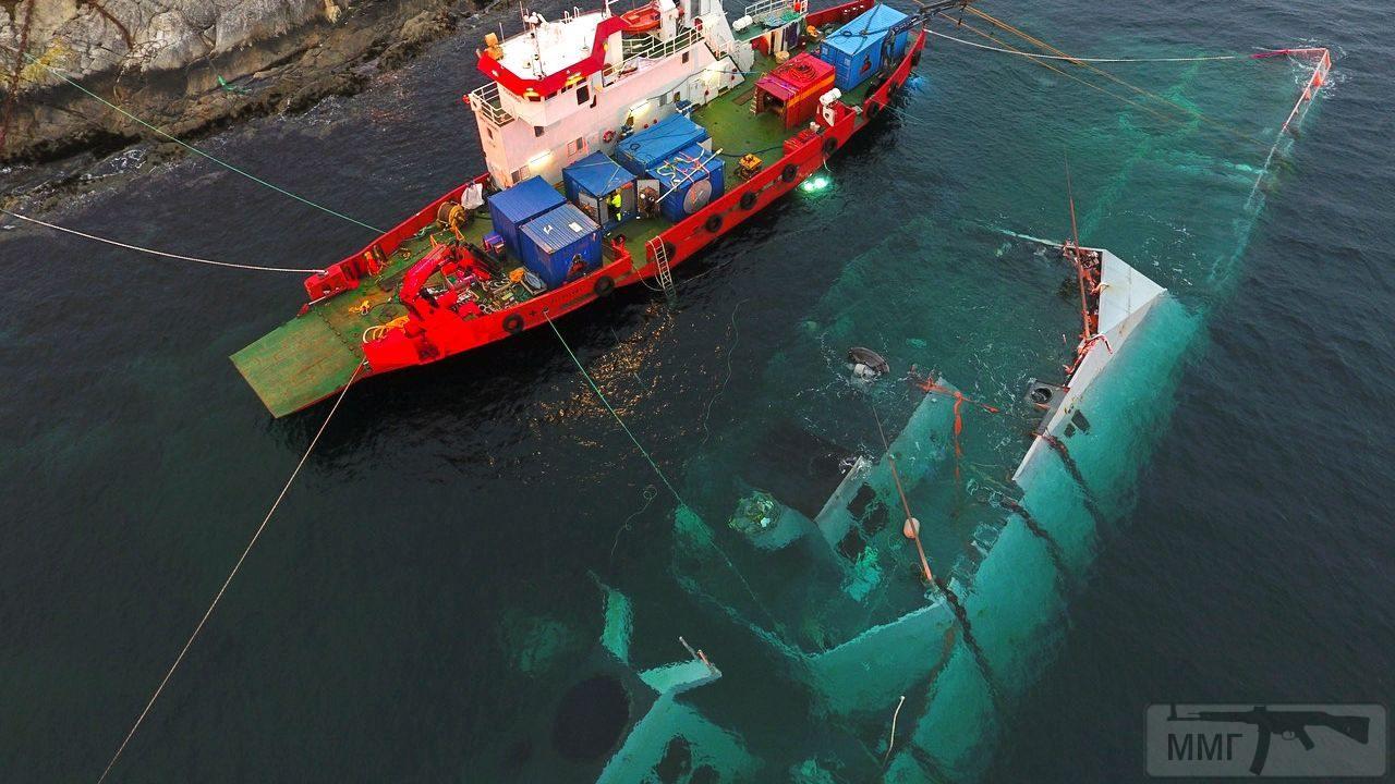 45973 - Работы на затонувшем фрегате Helge Ingstad