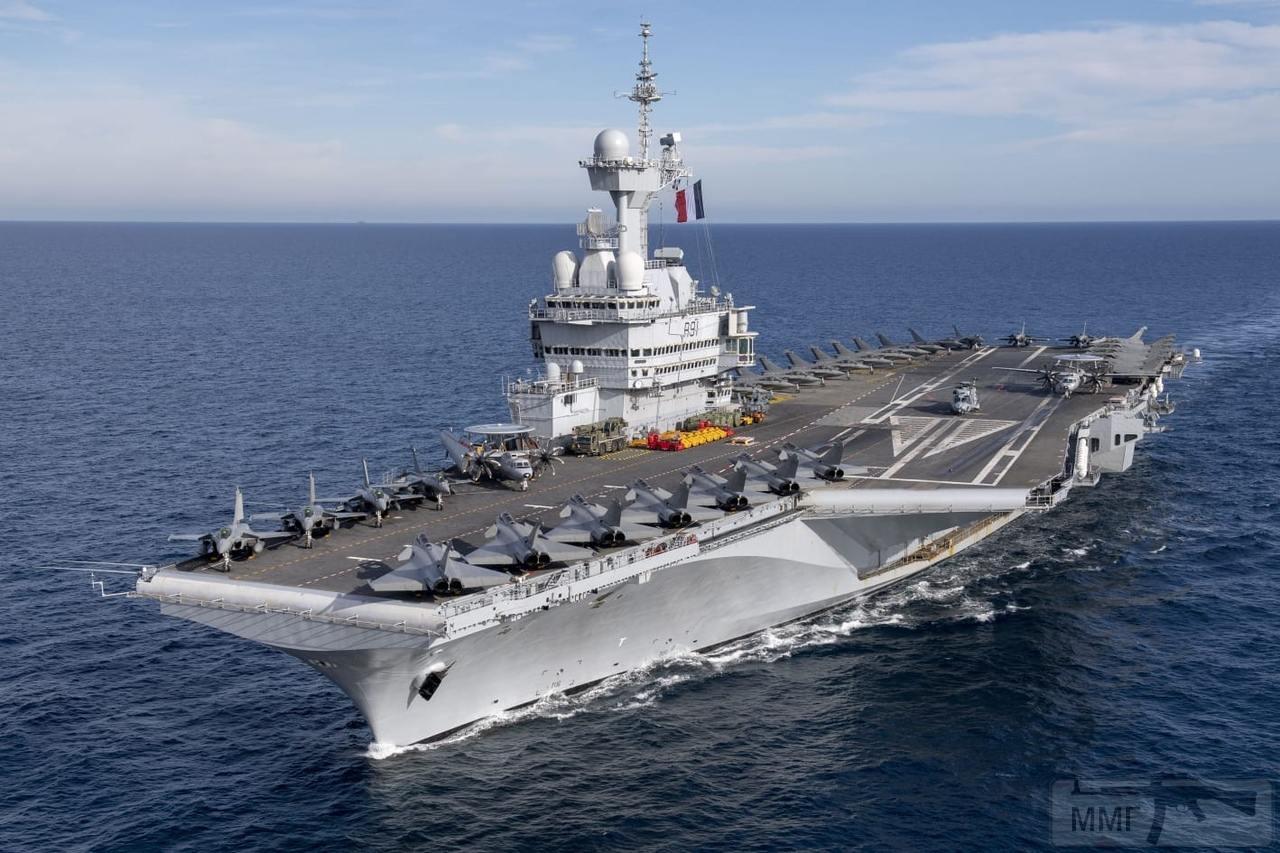45975 - Авианосец Charles de Gaulle (R91)