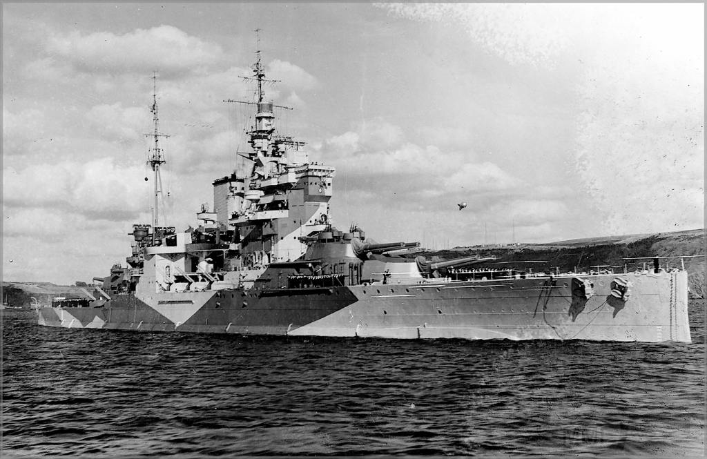 4638 - HMS Queen Elizabeth in 1943