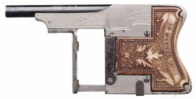 4706 - Французский пистолет-эспандер «Чудесный» (Squeeze Palm Pistol Le Merveilleux)