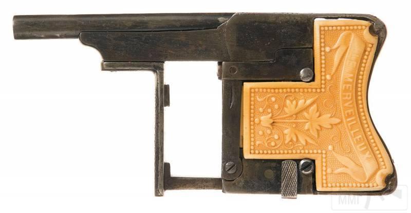 4707 - Французский пистолет-эспандер «Чудесный» (Squeeze Palm Pistol Le Merveilleux)