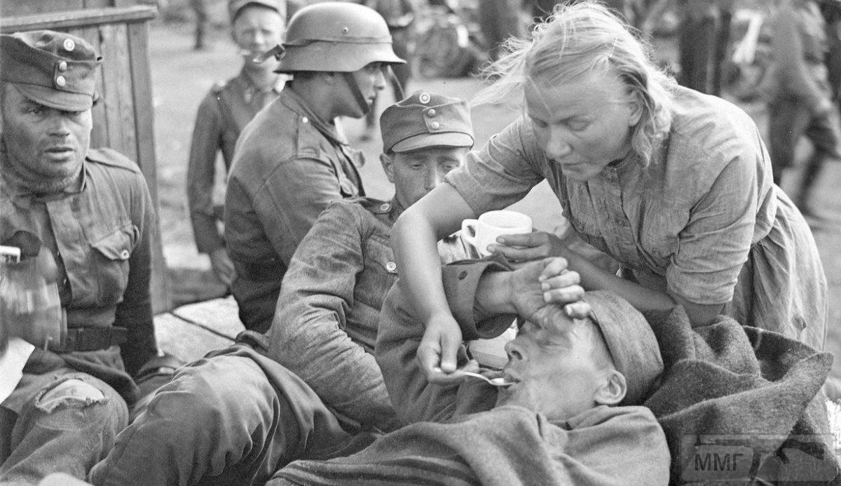 48111 - Военное фото 1941-1945 г.г. Восточный фронт.