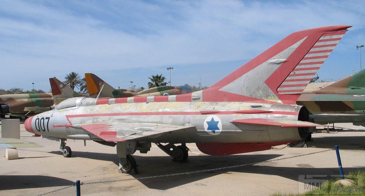 48119 - Последние МиГ-21