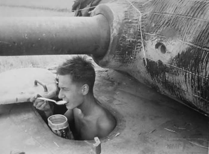 4837 - Achtung Panzer!
