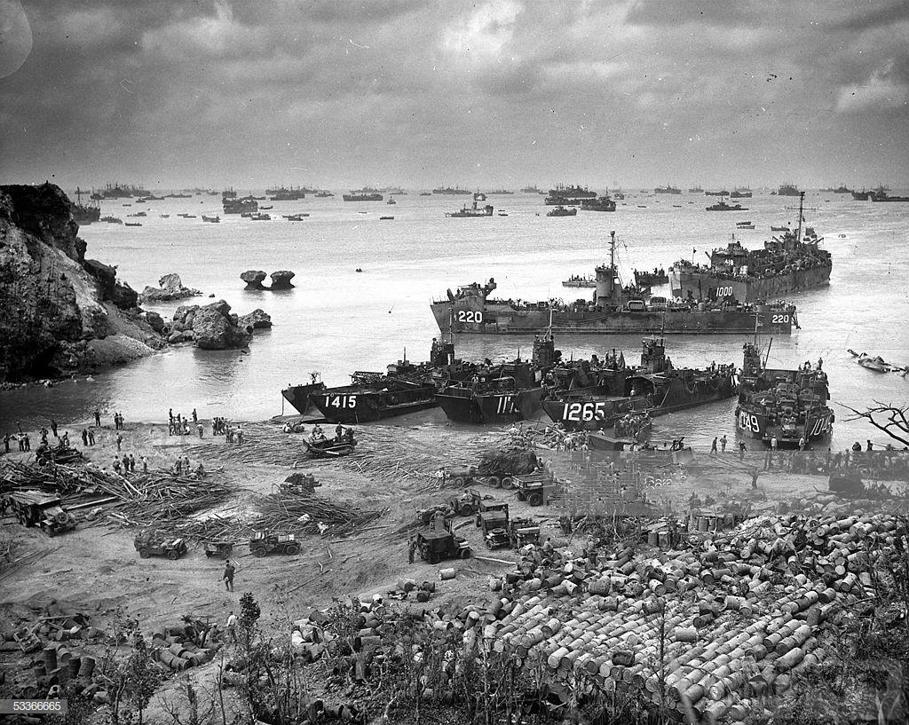 48437 - Военное фото 1941-1945 г.г. Тихий океан.