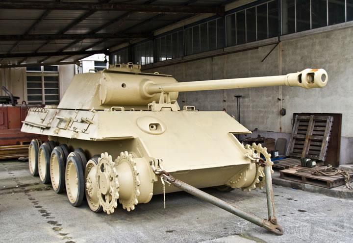 """4847 - Служба немецких """"коробочек"""" после войны..."""
