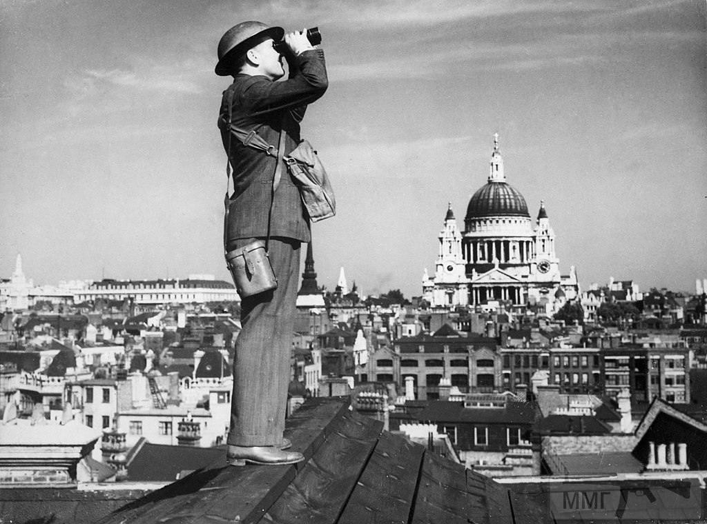 48520 - Военный Лондон