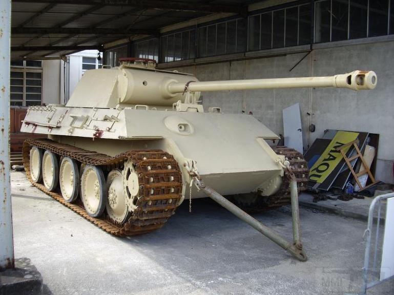 """4854 - Служба немецких """"коробочек"""" после войны..."""