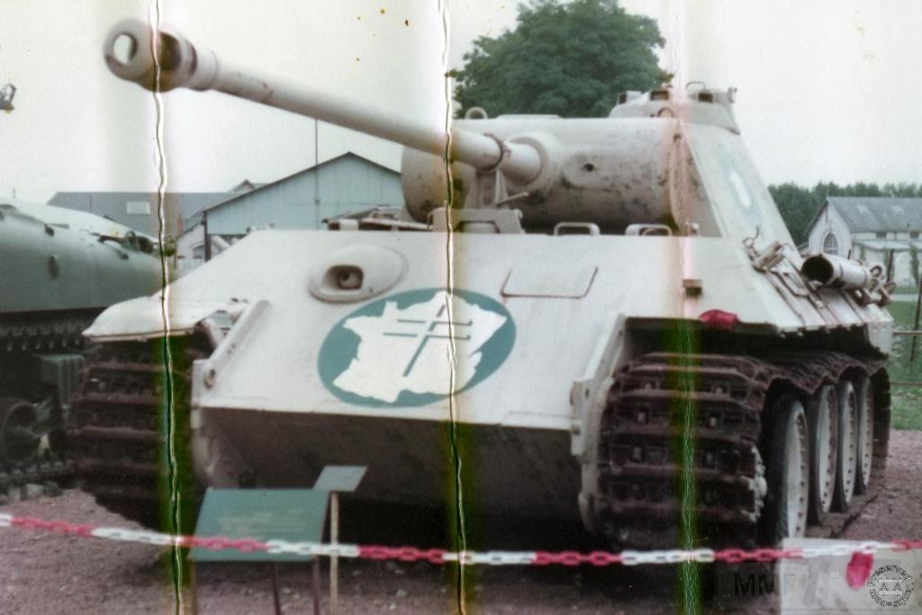 """4867 - Служба немецких """"коробочек"""" после войны..."""