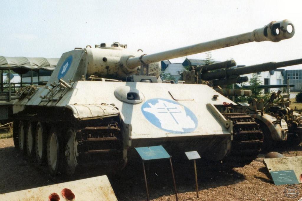 """4869 - Служба немецких """"коробочек"""" после войны..."""