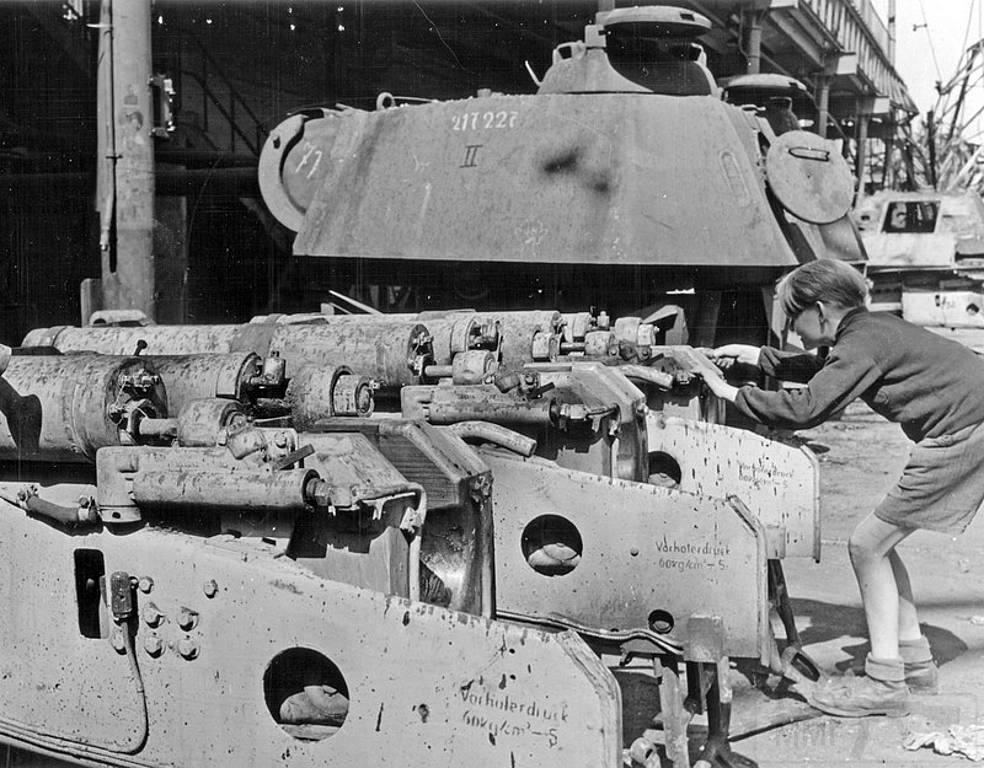 4878 - Achtung Panzer!