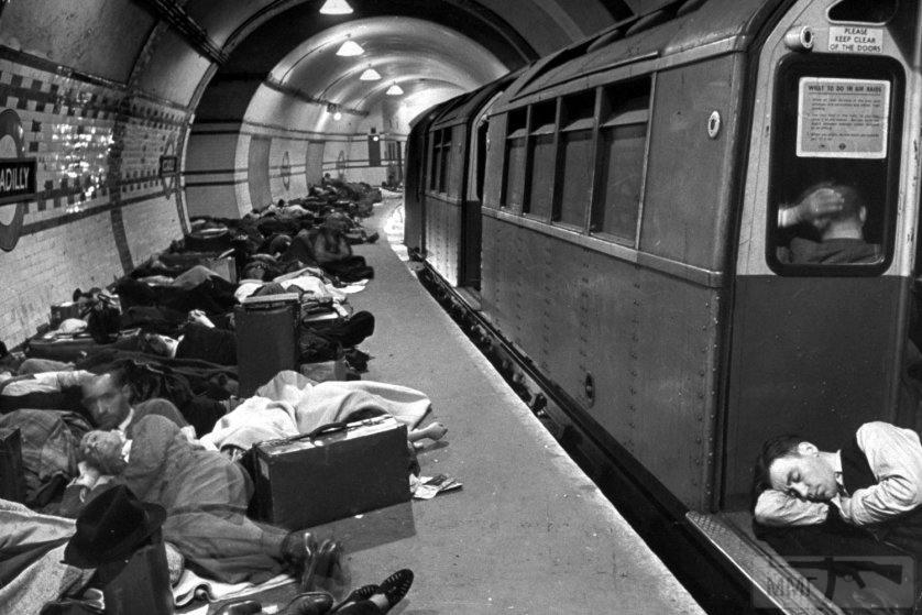 48875 - Военный Лондон