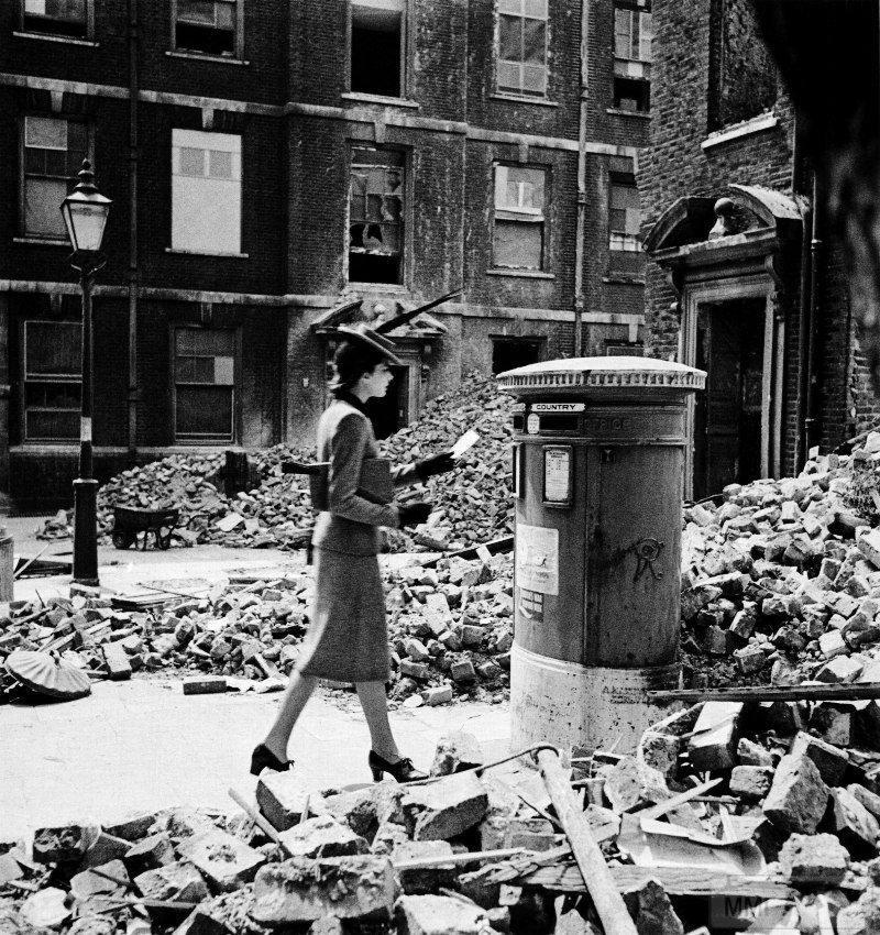 48907 - Военный Лондон