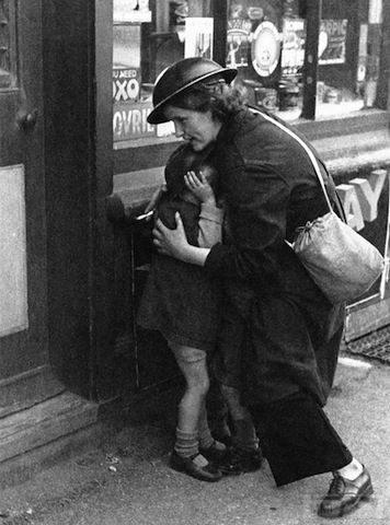 48916 - Военный Лондон