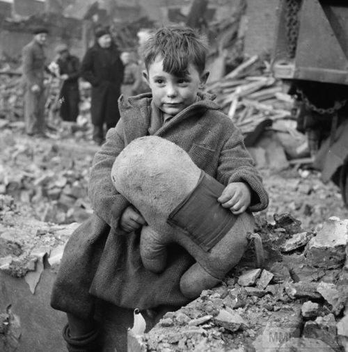 48919 - Военный Лондон