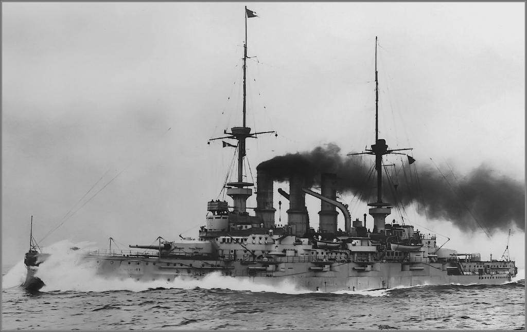 4954 - Pre-dreadnought battleship SMS Schleswig-Holstein