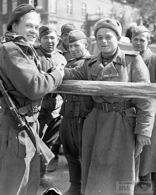 51716 - Военное фото 1941-1945 г.г. Восточный фронт.