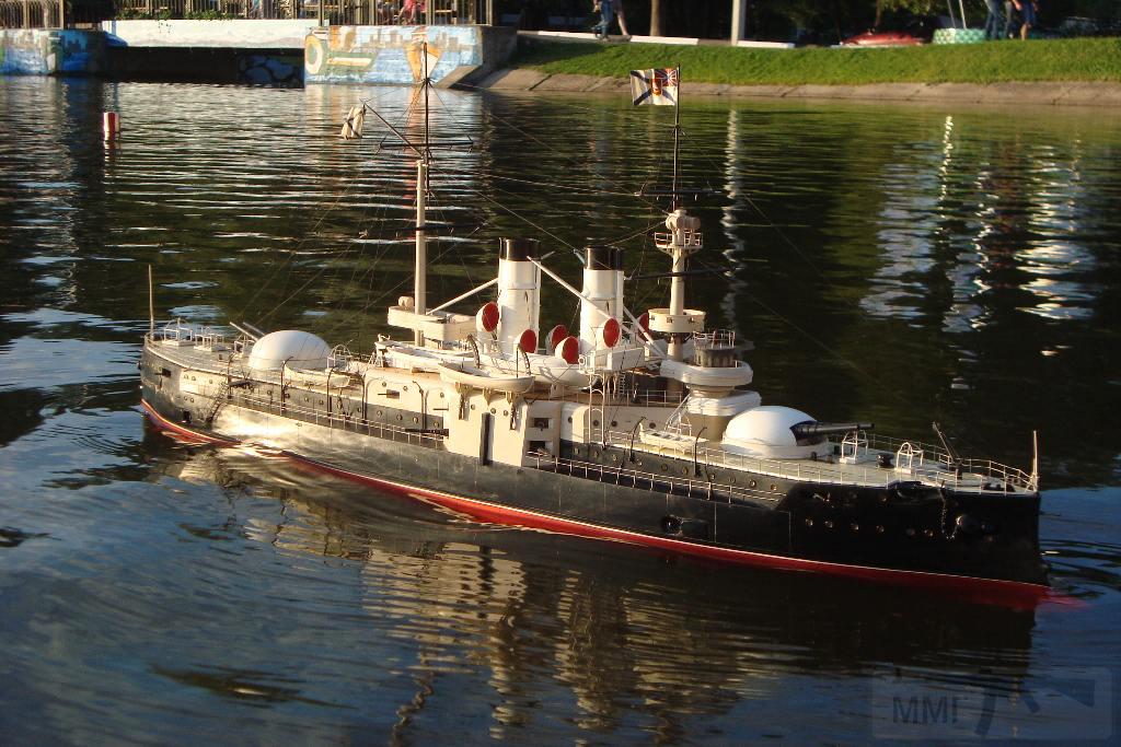 5215 - Плавающие модели в 100-м масштабе