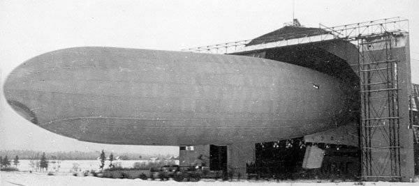 5243 - Русский дирижабль «Астра».