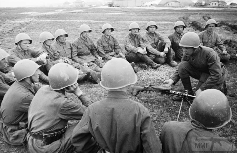 52800 - Военное фото 1941-1945 г.г. Восточный фронт.