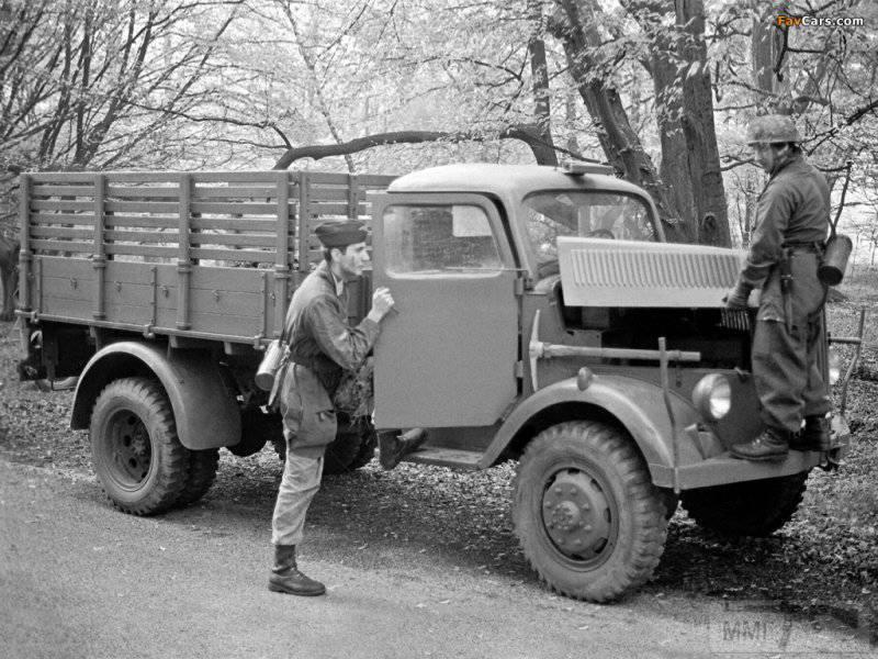 53447 - Грузовые и спец.автомобили Третьего рейха