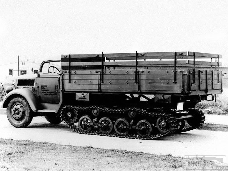 53448 - Грузовые и спец.автомобили Третьего рейха