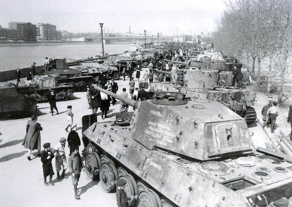 5358 - Achtung Panzer!