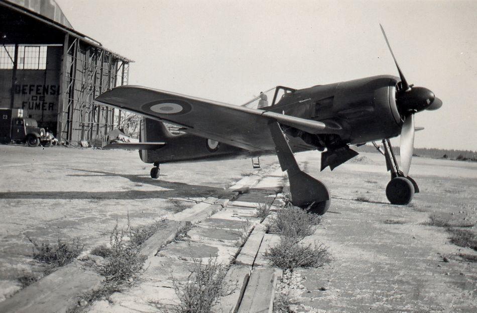 5440 - Немецкие самолеты после войны