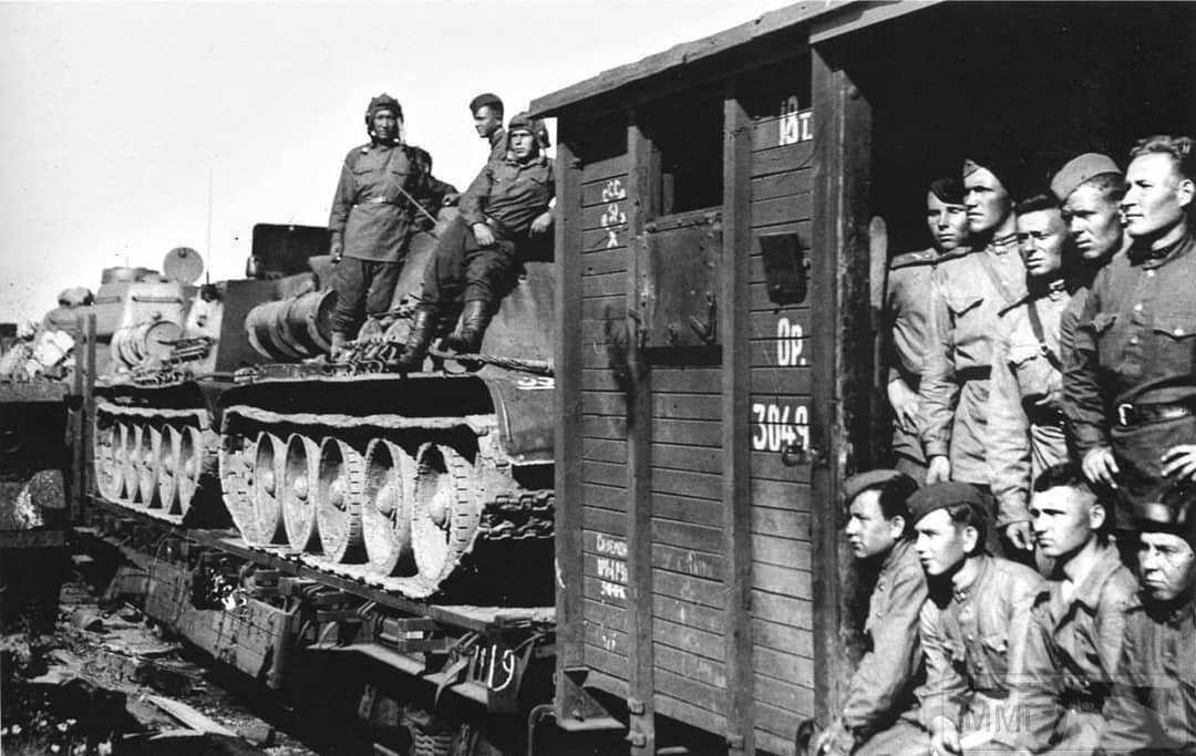 54709 - Военное фото 1941-1945 г.г. Восточный фронт.
