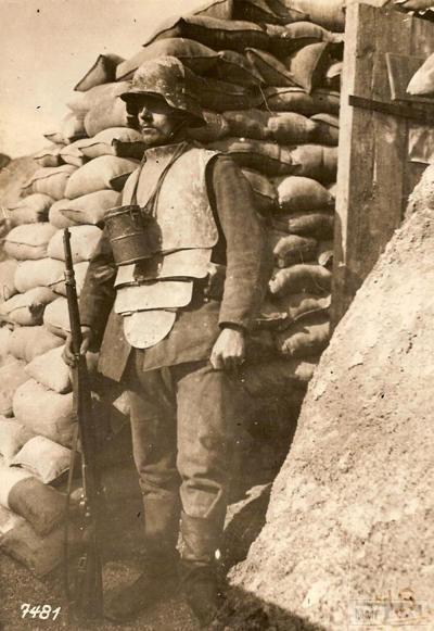 54757 - Удивительная боевая амуниция времен Первой мировой войны.