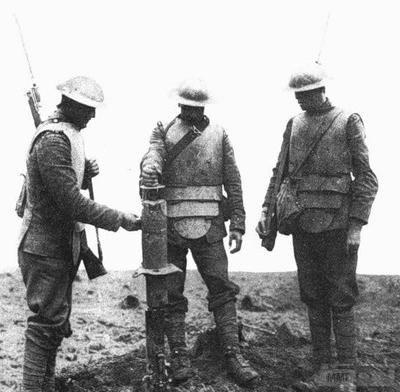 54759 - Удивительная боевая амуниция времен Первой мировой войны.