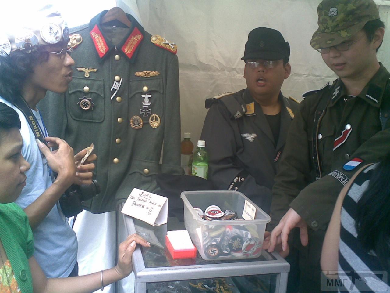 55327 - Азиатские реконструкторы