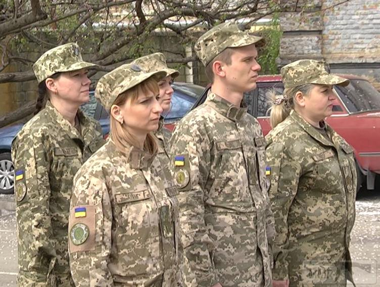 55361 - Реалії ЗС України: позитивні та негативні нюанси.