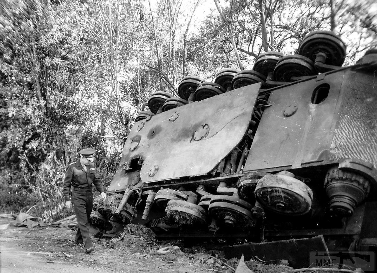 55700 - Танк Тигр - лучший танк Второй Мировой Войны?