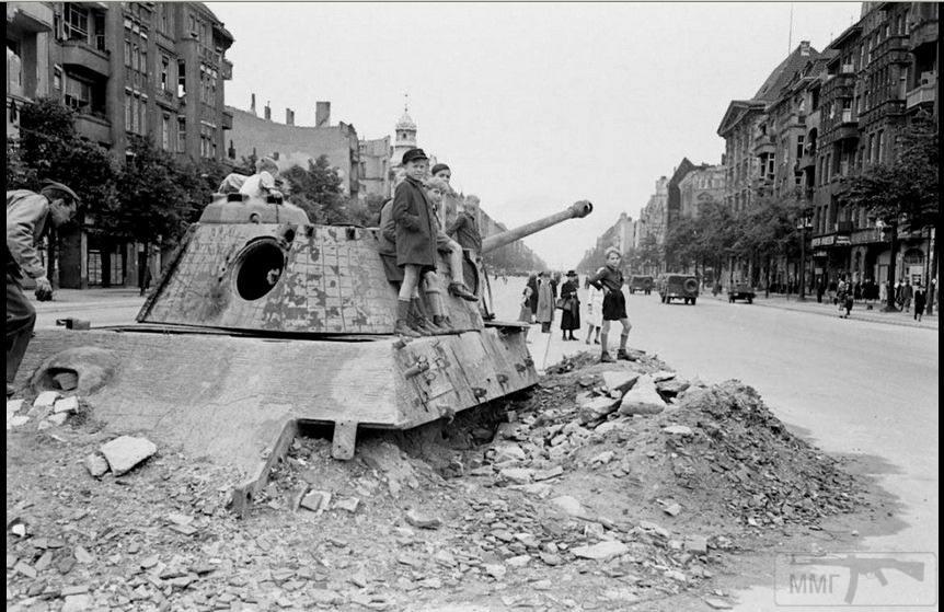 55921 - Русский герой обороны Берлина
