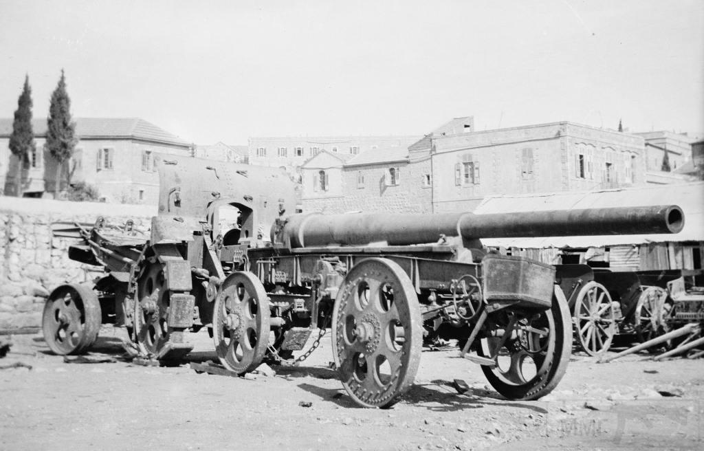 5597 - 15 cm Kanone 16 в походном положении