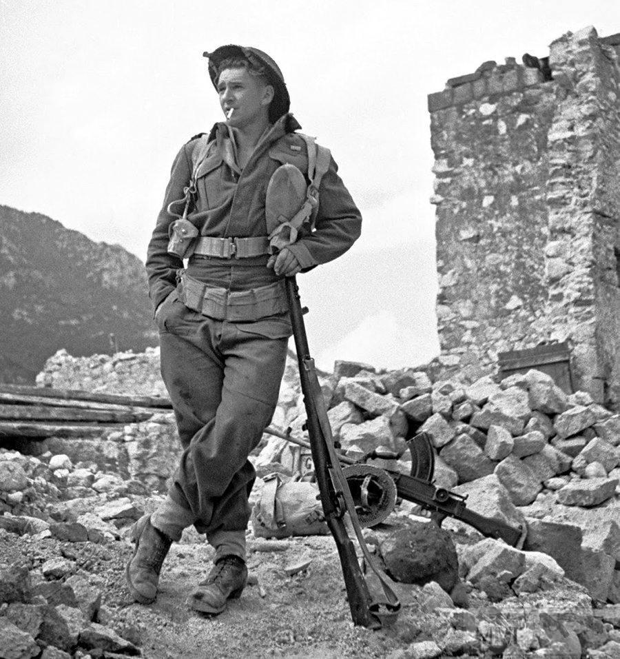 56027 - Военное фото 1939-1945 г.г. Западный фронт и Африка.