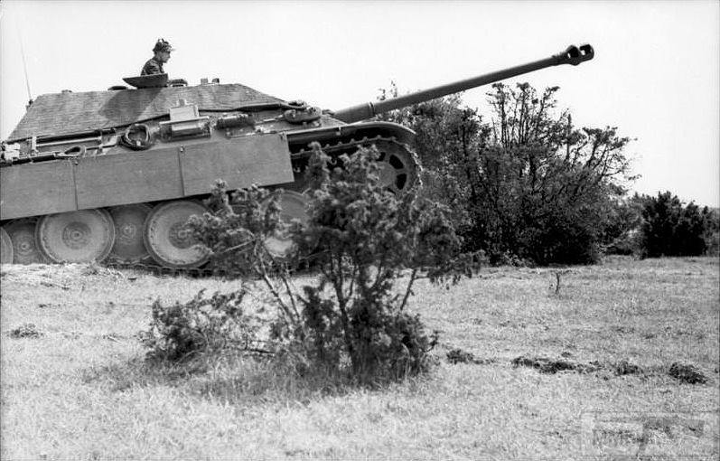56461 - Самоходные орудия на гусеничном ходу