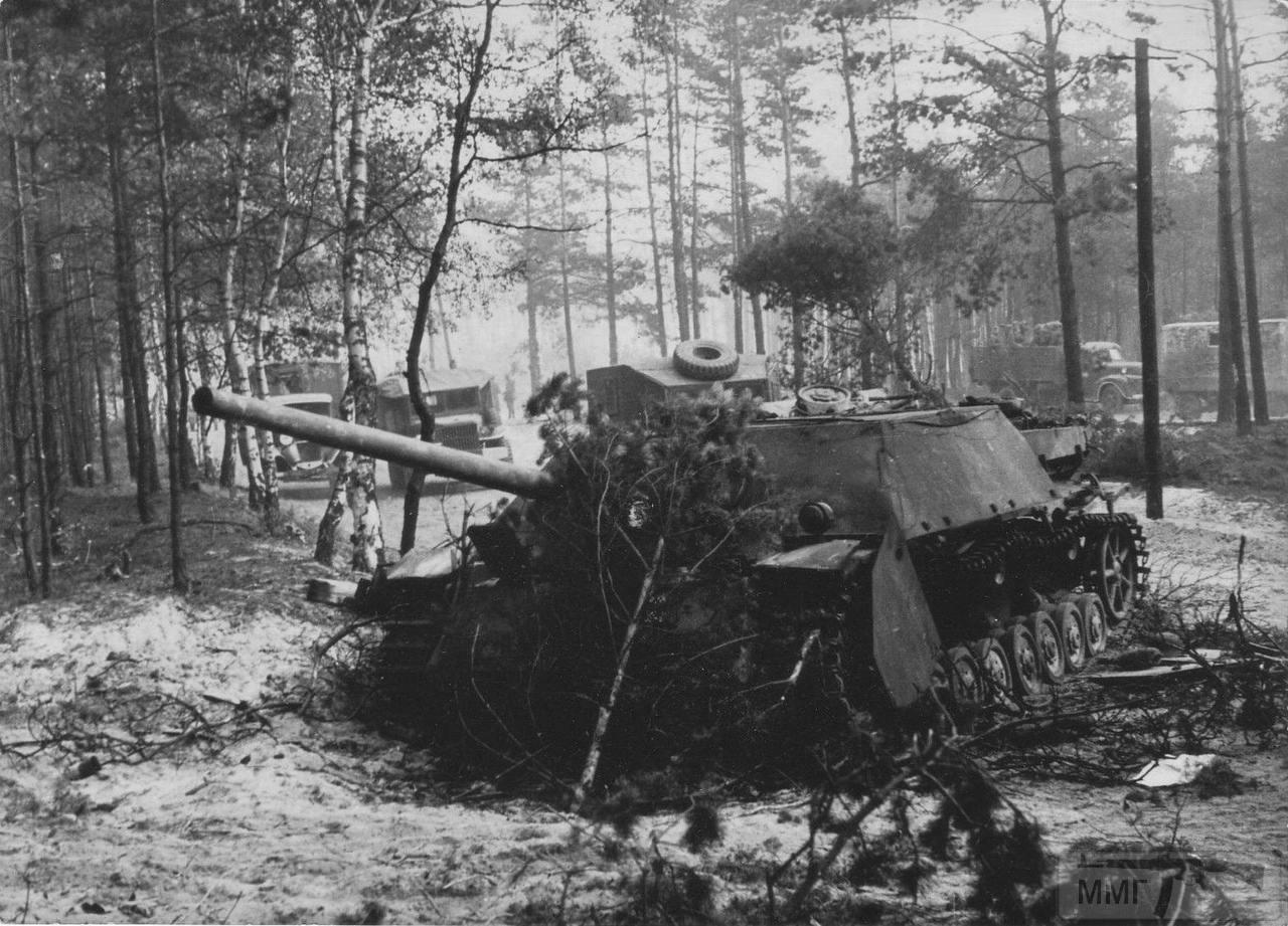 56727 - Achtung Panzer!