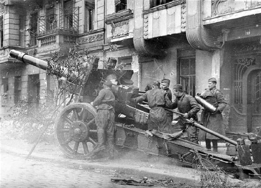57194 - Русский герой обороны Берлина