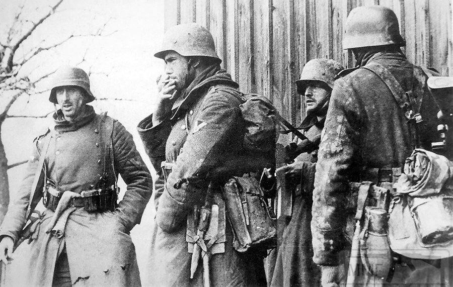 57315 - Военное фото 1941-1945 г.г. Восточный фронт.