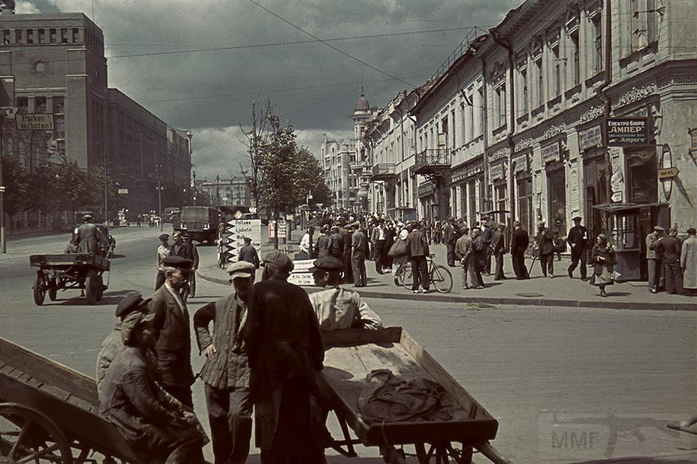 5884 - Оккупированная Украина в фотографиях
